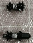 Agypár 15x100/12x142mm 28ly Ipari csapágyas Six Pack Leader XE 135g / 300g